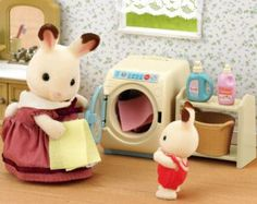 why are these sylvanian families so cute? i am starting to thing its a little wierd how much i love them
