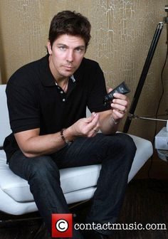 michael trucco married