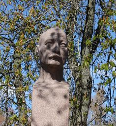 The first director of the museum, Victor Westerholm, keeping on eye on us. Statue by Wäinö Aaltonen.
