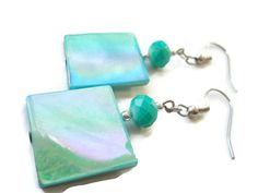 TREASURY  Mint to Be by Lisa Gossman-Steeves on Etsy  Beautiful pale green treasury! Simply beautiful picks in this one!