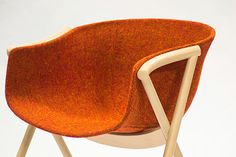 http://thedesignhome.com/wp-content/uploads/2012/05/bai-dining-chair-5.jpg