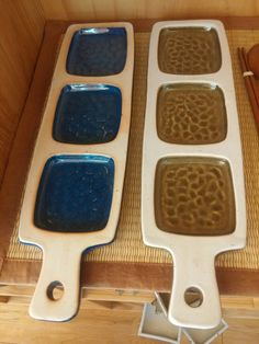Advantages of Using Pottery for Interior Design Pottery Plates, Slab Pottery, Ceramic Pottery, Pottery Painting, Ceramic Painting, Ceramic Clay, Ceramic Plates, Clay Art Projects, Hand Built Pottery