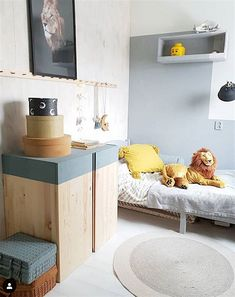 5 Ivar IKEA Cabinet Hacks to Try This Weekend: Easy paint DIY The Ivar IKEA cabinet may just be the most versatile furniture piece you can buy. Ivar Ikea Hack, Ikea Hacks, Hacks Diy, Diy Furniture Ikea, Bedroom Furniture, Lego Bedroom, Oak Bedroom, Furniture Dolly, Furniture Outlet