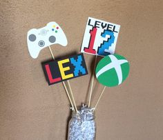 My shop: gamer centerpiece, video game birthday, gamer party, video g Video Game Party, Party Games, Video Games, Video Game Wedding, Game Themes, Gambling Games, Coordinating Colors, Table Games, Decoration Table
