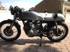 1977 Honda : CB