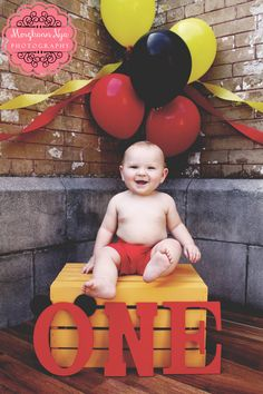 Morghann Nya Photography l DeLand, Florida l Cake Smash l Mickey Mouse Birthday l Little Boy Mais Mickey 1st Birthdays, Mickey Mouse First Birthday, Mickey Mouse Clubhouse Birthday Party, 1st Boy Birthday, Fiesta Mickey Mouse, Mickey Mouse Parties, Mickey Party, Disney Parties, Mickey Mouse Pinata