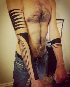 Painted body adornment #bodypaint #bodypainting #artmontreal #art #artoftheday #tattoo  Www.nancyisabellelabrie.com Decocorporelle.com