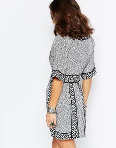 Glamorous Petite Tile Printed Tea Dress