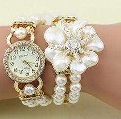Luxury With Resin White Pearl Bracelet Flower Pendant Quartz Watch Women Dress Watch Montre Female Clock