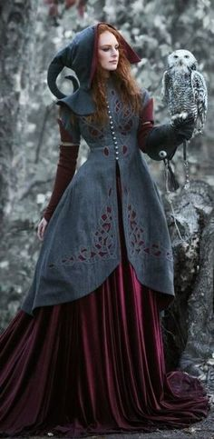wish list fashion for grimm and fairy elf style woodland lovers , and hippie , pagan and medieval style lovers will be drooling right now ....the fairy & her owl ♥