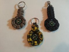 Paracord keychain compass