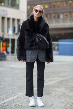 Look sombre pour le week-end / Street style : 20 looks pour un week-end décontracté