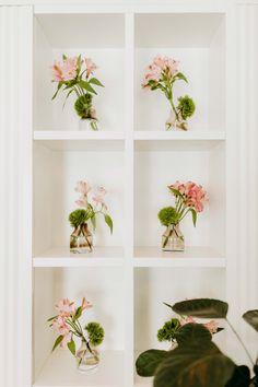 Entdeckt bei einer besonders hübschen Hochzeit im Restaurant Veranda.  (C) Ivory Rose Photography Roses Photography, Business Events, Our Wedding, Weddings, Plants, Home Decor, Wedding Night, Getting Married, Decoration Home
