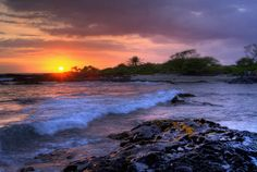 #Hawaii has the best sunsets.
