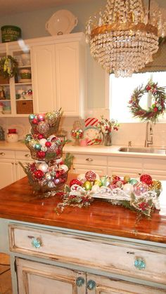 Beautiful Christmas decor in the kitchen