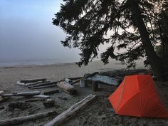 RV And Camping. Great Ideas To Think About Before Your Camping Trip. For many, camping provides a relaxing way to reconnect with the natural world. If camping is something that you want to do, then you need to have some idea Camping Hacks, Camping Checklist, Go Camping, Outdoor Camping, Camping Outdoors, Camping Ideas, Camping Store, Camping Cooking, Outside Activities