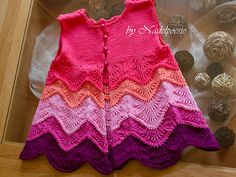 Ravelry: Principessa pattern by Petra Kirchmer - excellent for leftovers, knit top down