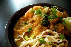 Burmese Chicken-Coconut Soup