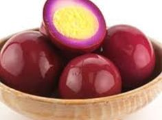 Red Beet Eggs - It's a Pennsylvania Dutch thing! My favorite way to use hard boiled eggs!