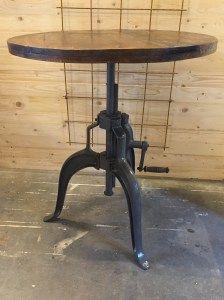 Höj/sänkbart bord