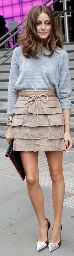Olivia Palermo. Looove this Matthew Williamson skirt.