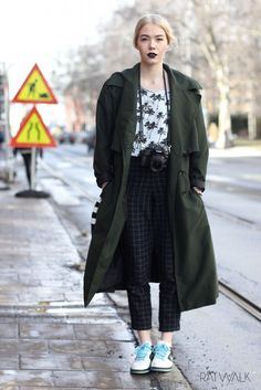 Street style // woman's fashion, green coat, nike, palm, camera, ootd, outfit, dark lipstick