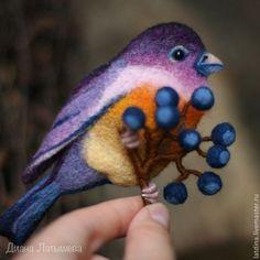 """Валяная брошь """"Птица-сентябринка"""". Handmade. #felting"""