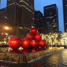 A Day In The Lalz; Christmas in New York; New York City During Holidays; NYC Holiday Guide; New York Palace Hotel Christmas Tree; Giant Christmas Ornaments at 1251 Sixth Avenue; Radio City Music Hall; Rockefeller Christmas Tree; MoMa Museum; Baita at Eataly; Travel Blog