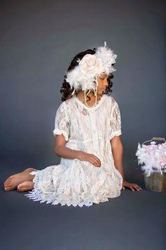 Dk Photography, Vintage Photography, Girls Dresses, Flower Girl Dresses, Communion Dresses, Dress Cuts, Hair Piece, Teen Fashion, Vintage Inspired