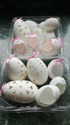 Easter Eggs, Christmas Gifts, Gift Ideas, Cake, Desserts, Wood, Xmas Gifts, Tailgate Desserts, Christmas Presents