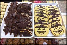 Halloween sta arrivando! - Halloween is coming! il 31 ottobre saremo aperti dalle 8:00 alle 20:00; il 1 novembre dalle 9:30 alle 14:00. Venite a trovarci! :) ------    On 31st of October we will be open from 8:00 a.m. to 08:00 p.m. and on 1st of November from 09:30 a.m. to 2:30 p.m. Come and visit us! :) - Biscottificio Innocenti Roma Trastevere 065803926