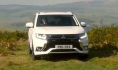 Mitsubishi Outlander PHEV How to use 4WD lock
