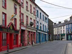 Ireland, Kilkenny, Graiguenamanagh, Main St