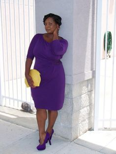 Choose black or monochrome - 9 Fashion tips to help you look slimmer instantly