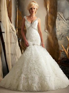 2013 Sexy Trumpet / Mermaid Cathedral Train Organza Wedding Dresses