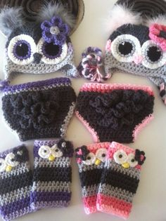 This listing is for two owl hats two sets of leg warmers and two diaper covers with a ruffled bum. It is completely customizable if you want different