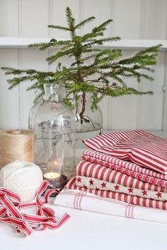 VIBEKE DESIGN: Julens tekstiler i rødt!
