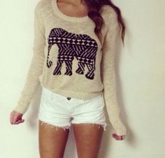 I actually love this outfit so much, it's so simple but so pretty and cute, I LOVE the jumper!!