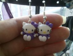 Boucle d'oreille petit chat kitty's violet FIMO