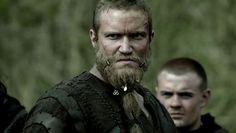 How to wear your Beard Beads like a Viking Warrior Viking Warrior, Viking S, Vikings Season 1, Bad Beards, War Band, Viking Character, Vikings Travis Fimmel, Biker, Norway Viking