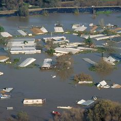 If you're looking for best and affordable flood insurance policies nearby Houston contact Houstonnationalinsurance.Visit us today for more info call Severe Weather, Extreme Weather, Flood Insurance, Insurance Agency, Insurance Companies, Flood Damage, Tornados, Water Damage, End Of The World