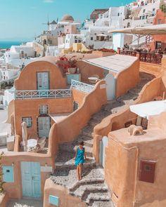 ***Peach corner of Oia (Santorini, Greece) by Laura Comolli (@PursesandI) on Twitter c.