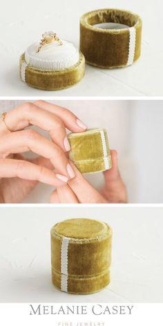 Antique Velvet Ring Box in Chartreuse Ring Cake, Velvet Ring Box, Tea Powder, Orange Sapphire, One Ring, Green Velvet, Antique Rings, Eternity Ring, Vintage Inspired