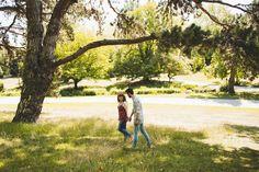 #photographie #photography #seanceengagement #engagementsession #couple #love #nature Golf Courses, Couple, Engagement, Nature, Photography, Naturaleza, Engagements, Nature Illustration, Off Grid