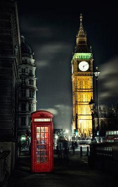Symbols of London  (by EvranOzturk on deviantART)