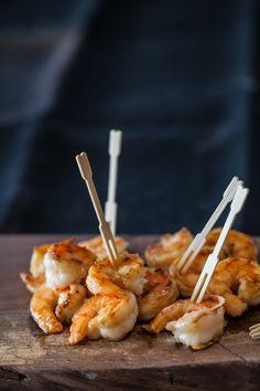 (vía Miso Butter Shrimp Recipe | Steamy Kitchen Recipes)