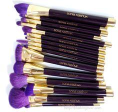 Top 10 Makeup Brushes & Where to Buy Them - Shown: Sonia Kashuk via @blushingnoir