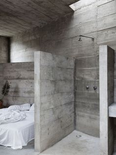 Brutalist concrete home intrigues in Mexico - Curbed