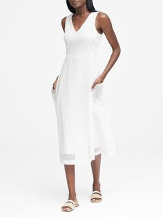 Shop Banana Republic's Lace Fit-and-Flare Midi Dress with Pockets: Delicate lace adds a luxe look and feminine feel to this flattering fit-and-flare style. Day Dresses, Casual Dresses, Summer Outfits, Dress Summer, Business Casual Outfits, Weekend Wear, Fit And Flare, What To Wear, White Dress