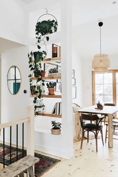 new stylish bohemian home decor and design ideas bohemian decor design hom Bohemian House, Modern Bohemian Decor, Bohemian Style, Bohemian Design, Boho Chic, Shabby Chic, Decoration Inspiration, Decor Ideas, Decorating Ideas
